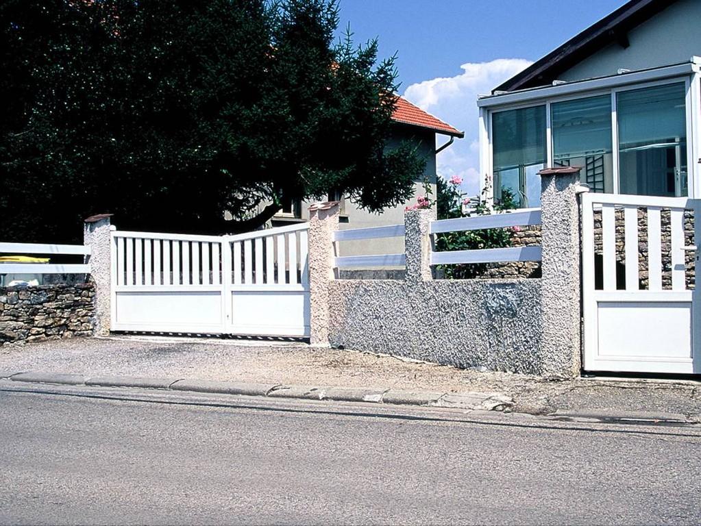 Puerta de jardín de aluminio