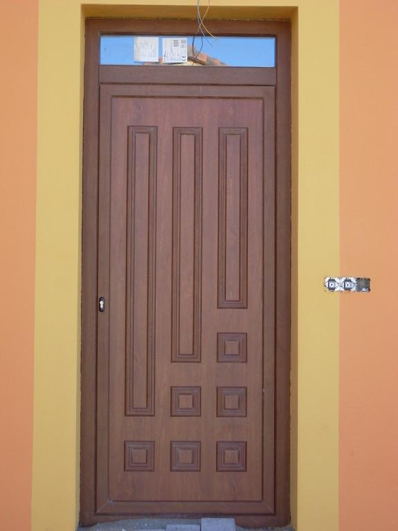 Panel decorativo de puerta de entrada en aluminio