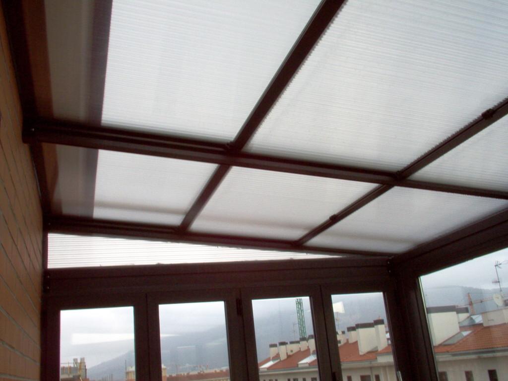 Detalle de placas de techo móvil