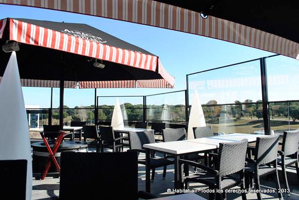 Cortavientos de vidrio regulables para terrazas - Cortavientos de jardin ...