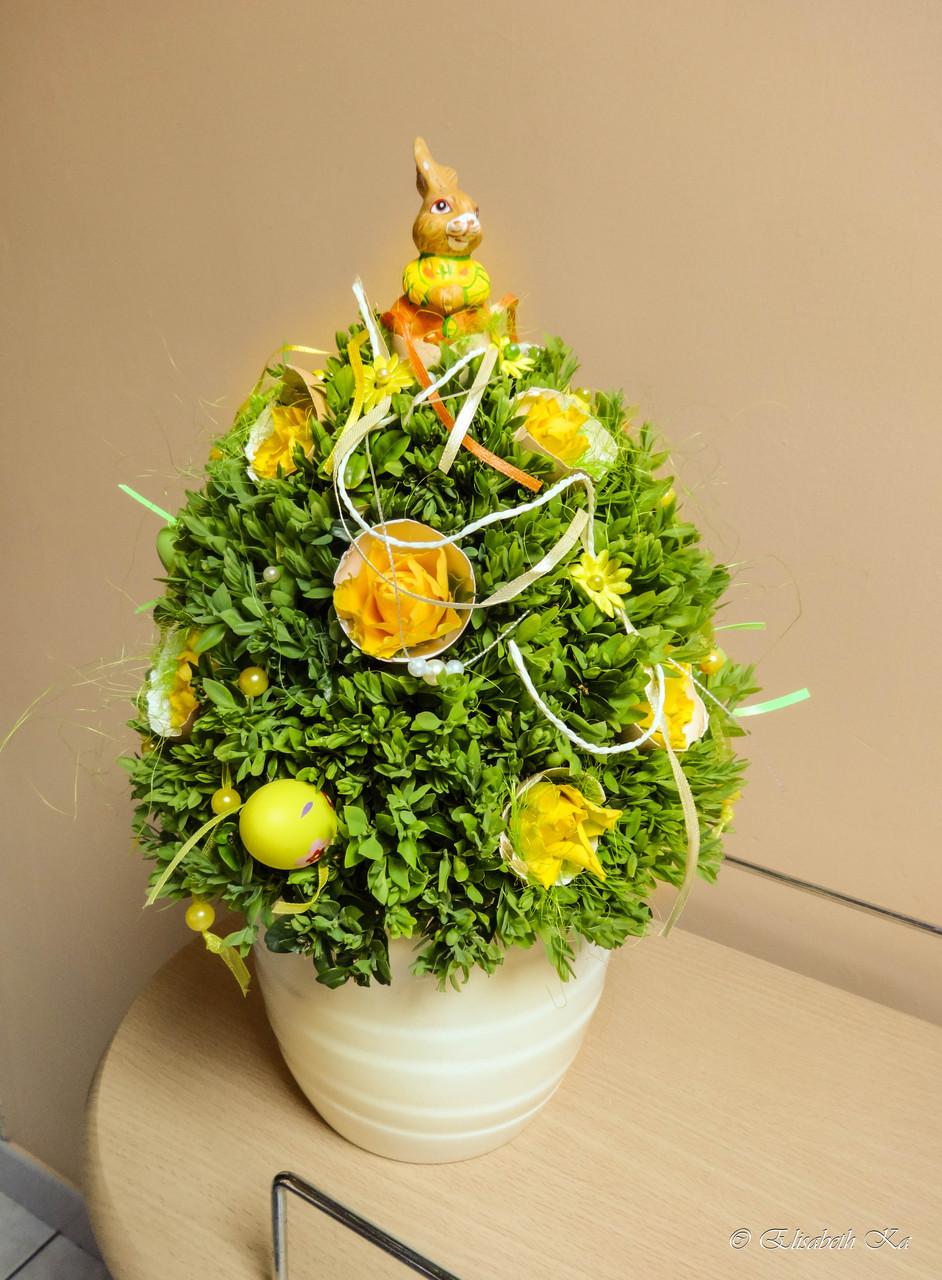 Composition florale de Pâques