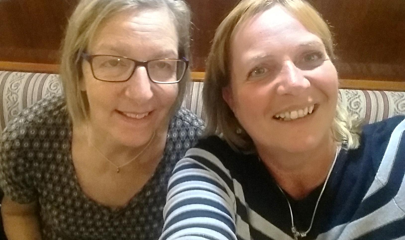 Nach der Siegerehrung: Gewinnerin Heide und ich im Selfie-Modus