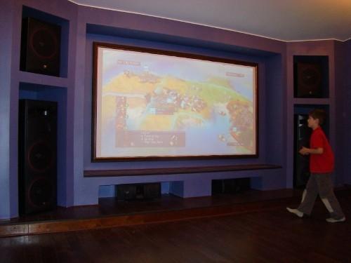 Персональный кинозал, 2006 г., Загородный дома (цокольный этаж), Акустика Cervin-Vega!, проектор InFocus (фото 1)