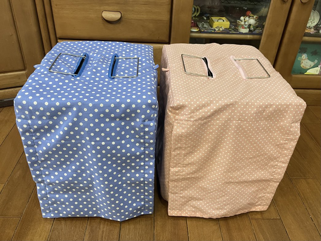 カバーもさっと簡単に掛けられるようにしていただき感謝しています。 ズグロシロハラ♀とシロハラインコ♂用の通院に使わせていただきます。