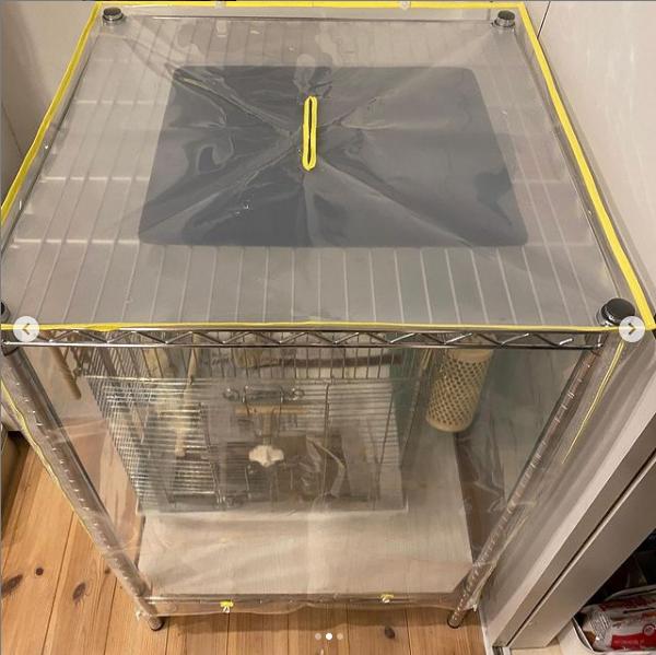 我が家は上部に暖突が付いているので、ファスナーは完全に閉めずに空気穴として利用する予定です😄