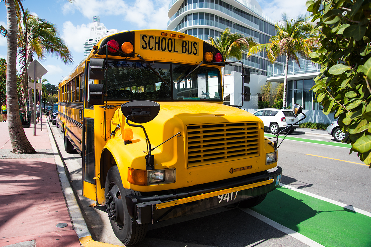 in Miami-Beach werden wir von einem Schulbus begrüsst