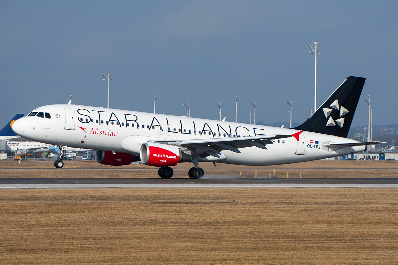 OE-LBZ // Autrian Airlines (Star Alliance c/s) // MUC
