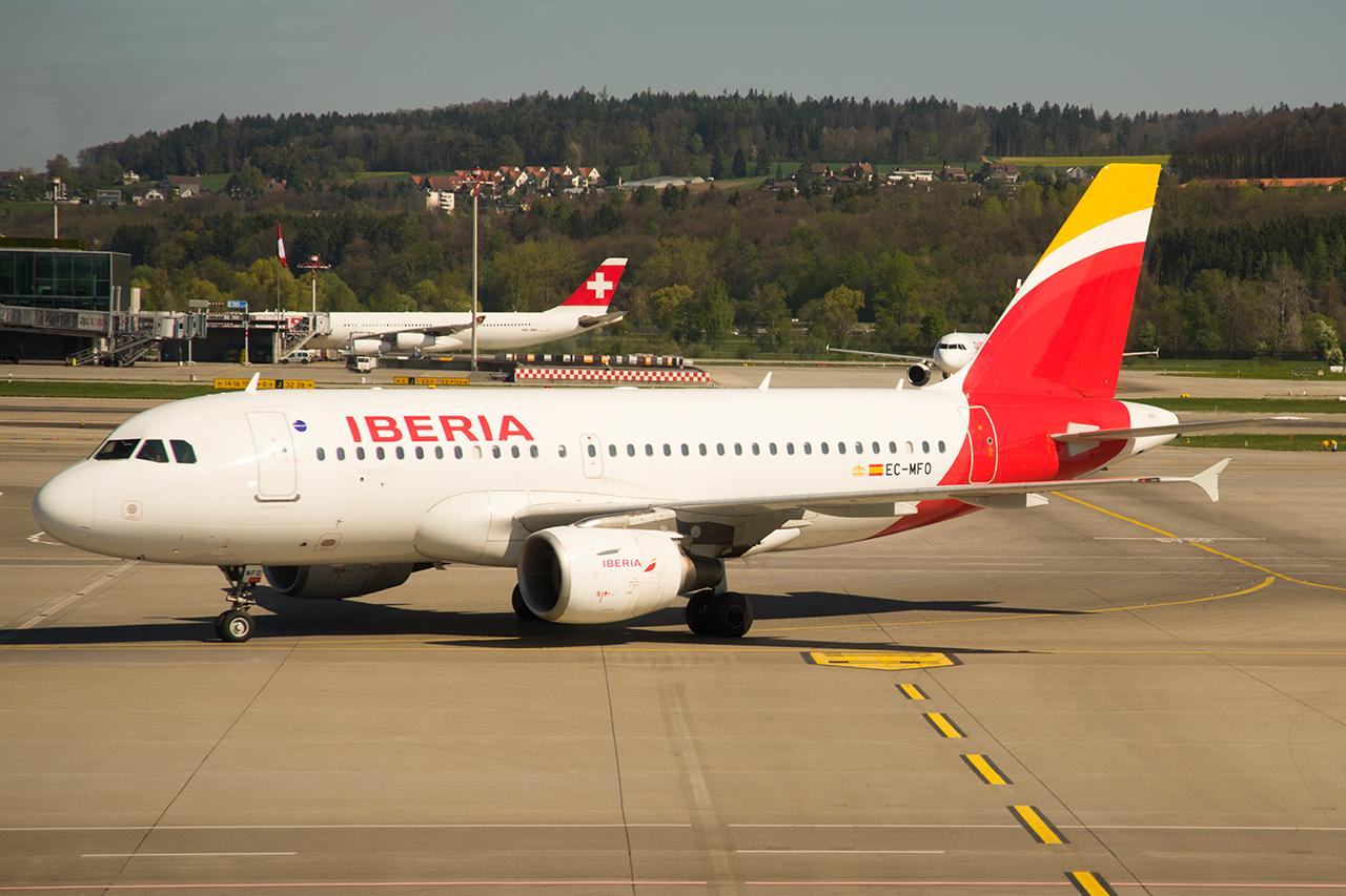 Die EC-MFO (Iberia A319) bringt uns von Zürich nach Madrid