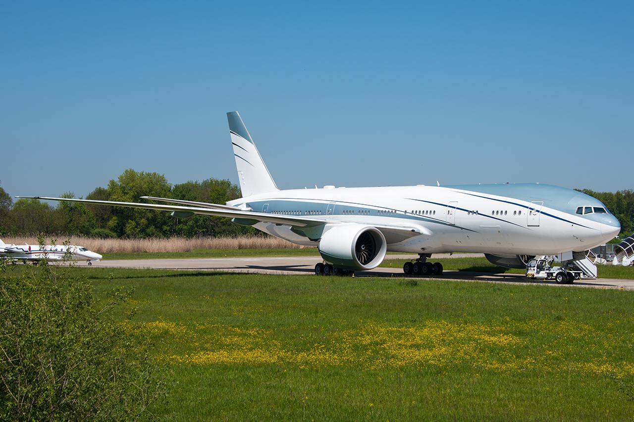 VP-CAL // Aviation Link Company // ZRH