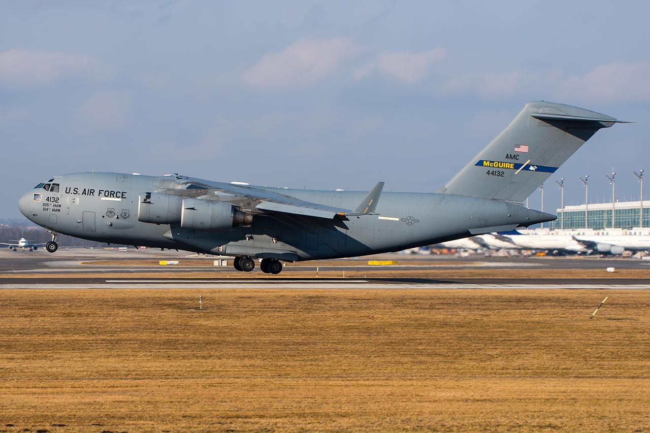 04-4132 // USAF // MUC