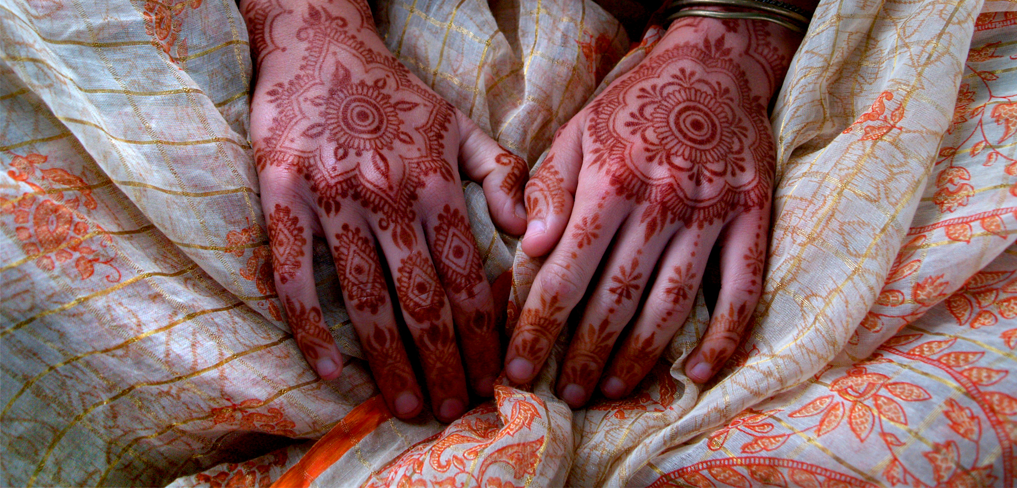 FAQs - Red Hand Henna