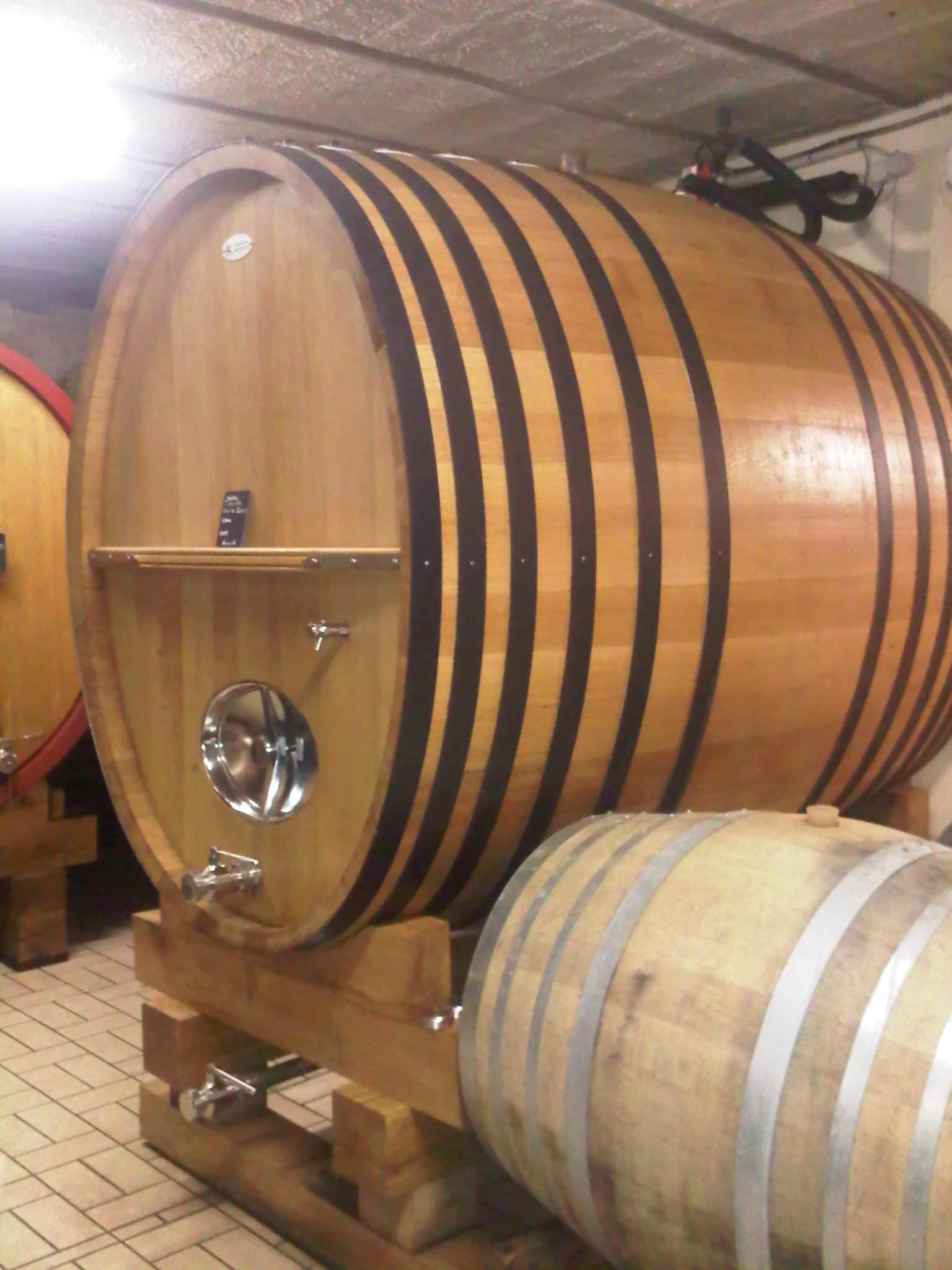 vin de Savoie, œnologie, foudre