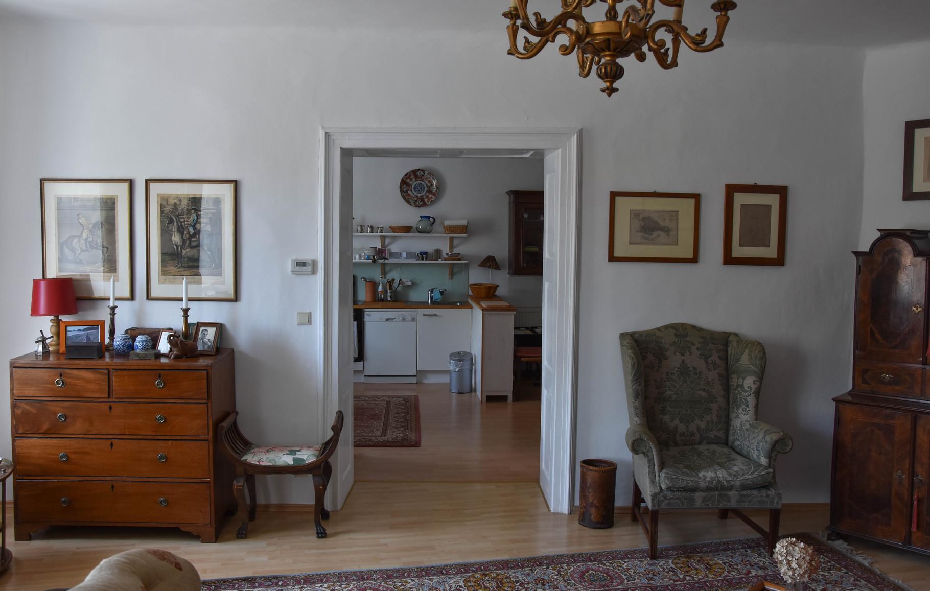 Wohnzimmer Richtung Esszimmer - Foto Gerhard Ambroz 2015