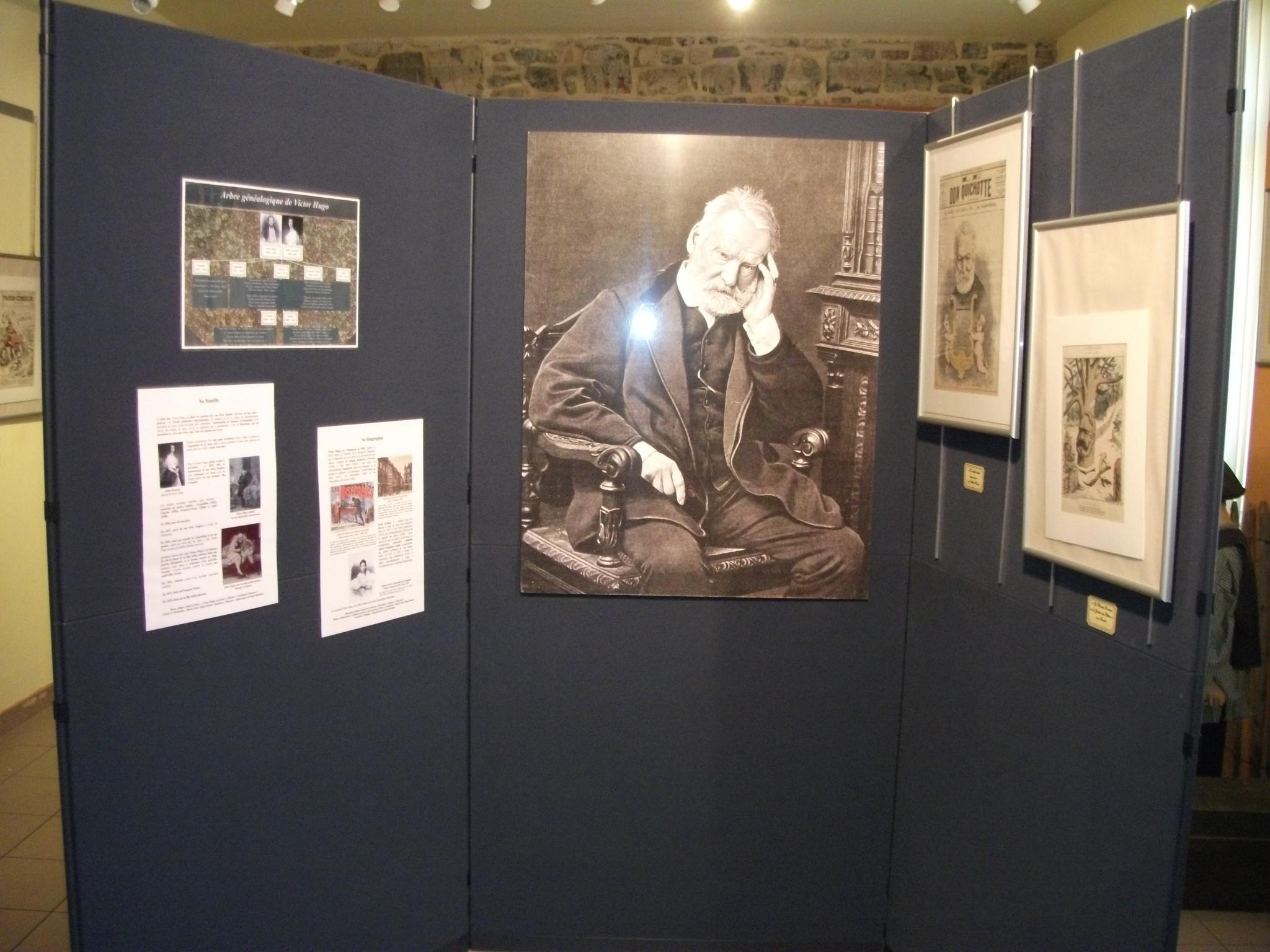 """Expo 2011 : """"L'enfance sous la plume de Victor Hugo et d'Arthur Masson"""" Salle Victor Hugo"""