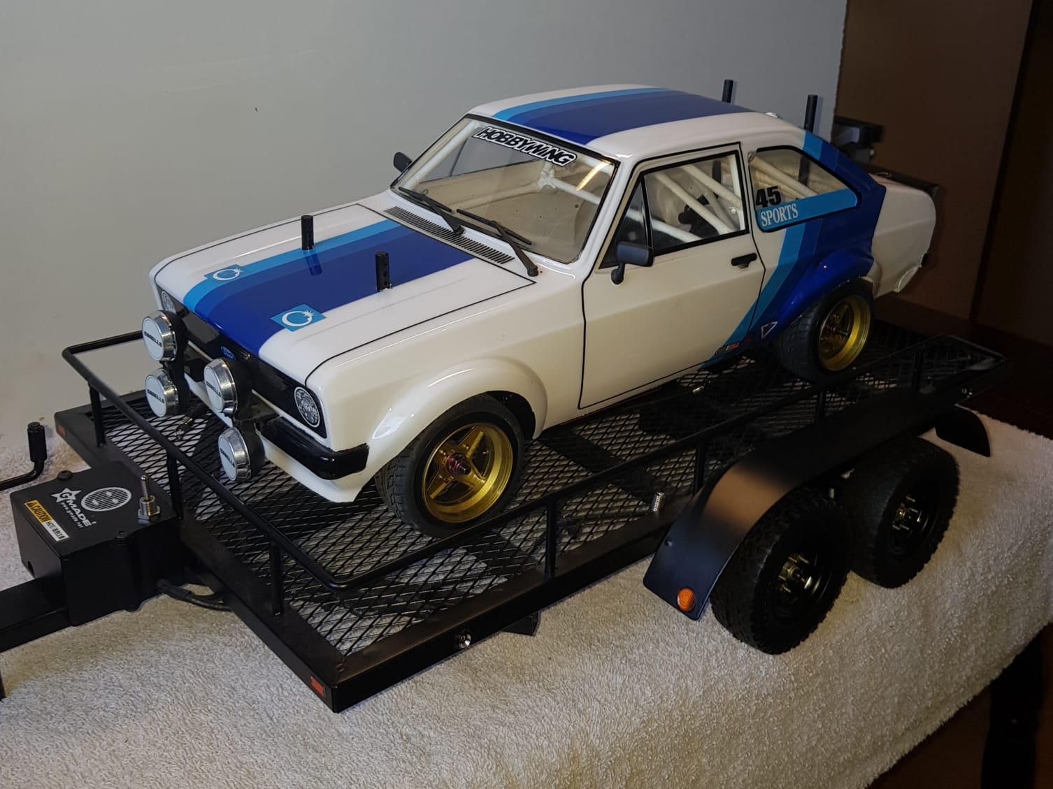 Ford Escort op aanhanger