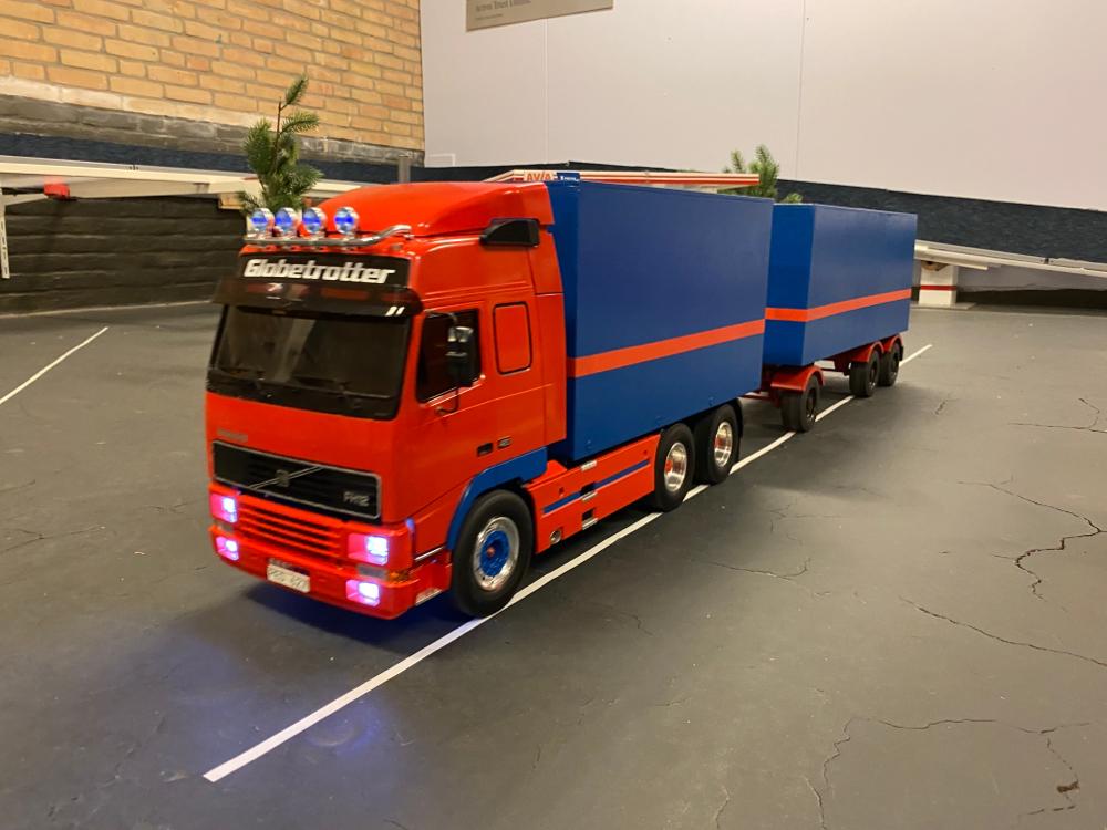 Volvo FH12 Globetrotter 42 Verkocht