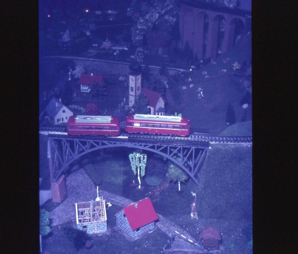 ein kleinerer Schienenbus-Unfall