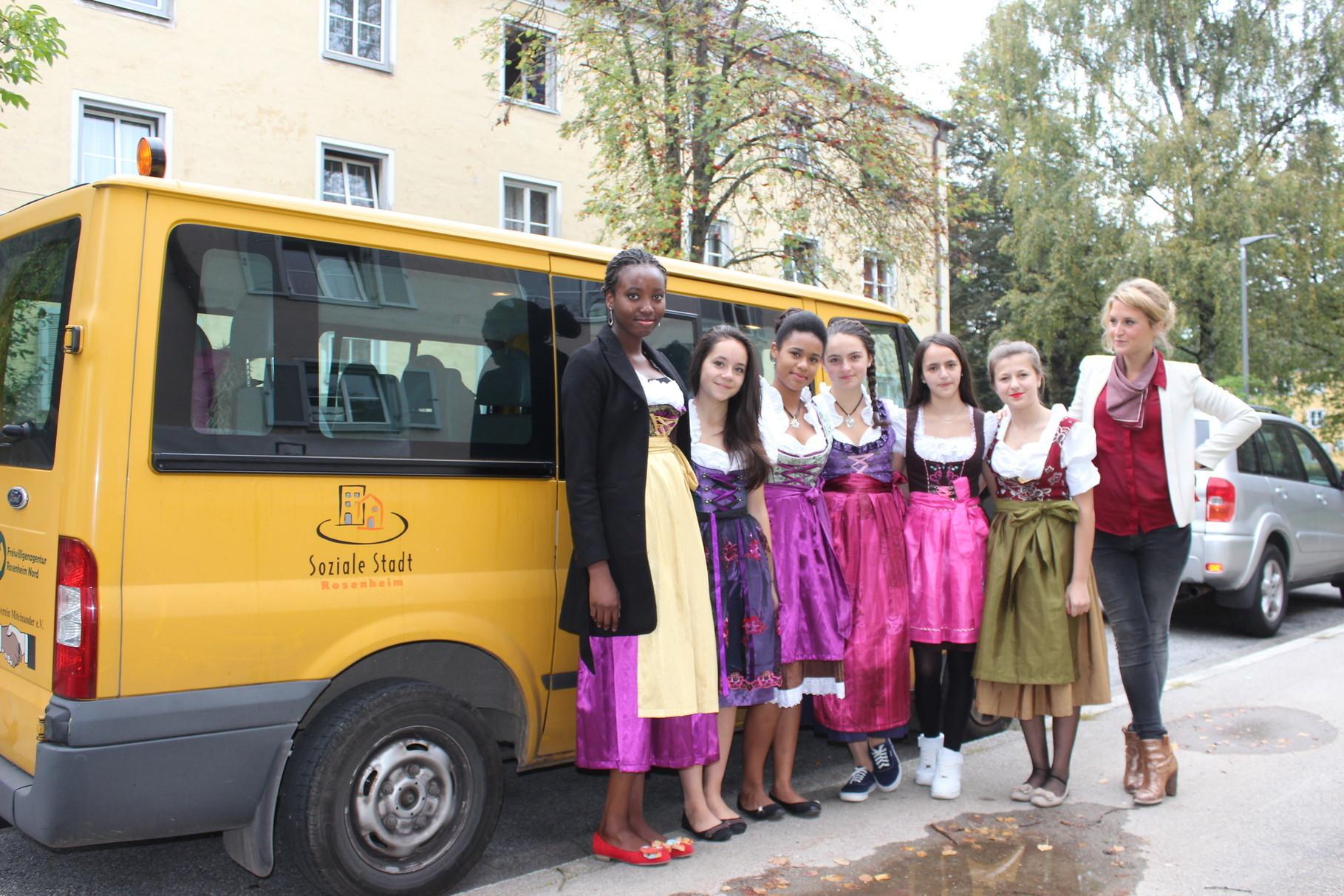 """Ausflug der Black Diamonds mit Tatjana Schoeler """"Theater sehen und verstehen!"""""""