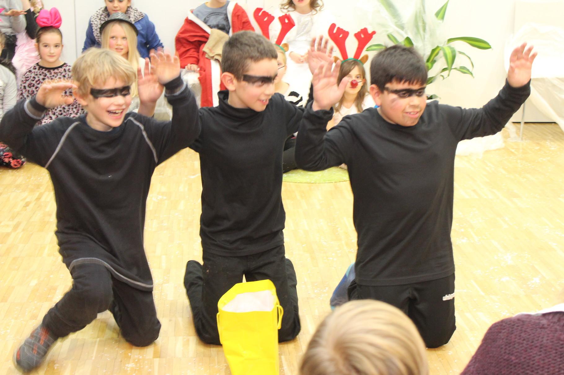 Aufführung Weihnachten steht Kopf Prinzregentenschule