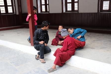 Nepal mit Kind, Mustang mit Kind