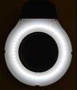 Vollständige Ausleuchtung_ RLL Master LED Lupenleuchte