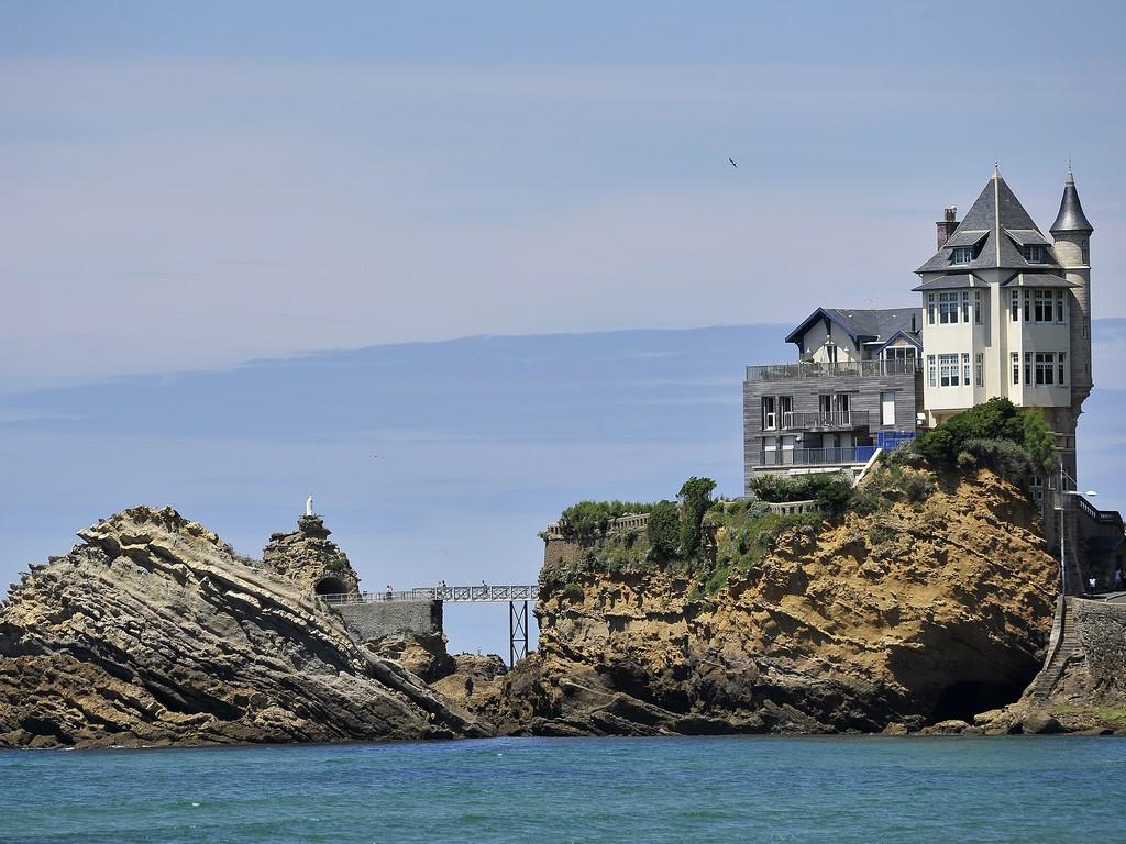 Biarritz, le Rocher de la Vierge - Crédit : CG 64