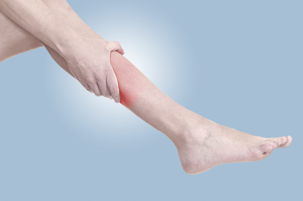 Reasons for Leg Pain and Leg Swelling - Truffles Vein