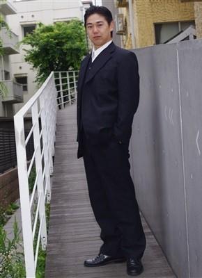 芸能プロダクション「リガメント」俳優:佐藤邦洋