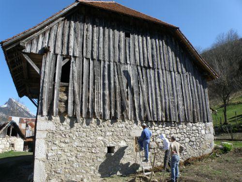 Grange-chartroussine-Alpine-Barn-Alpenscheune