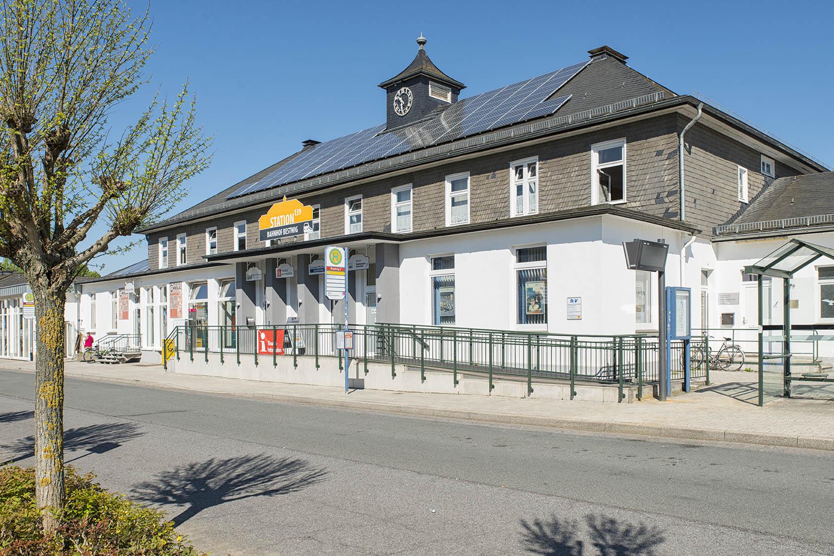 Bestwig, Empfangsgebäude