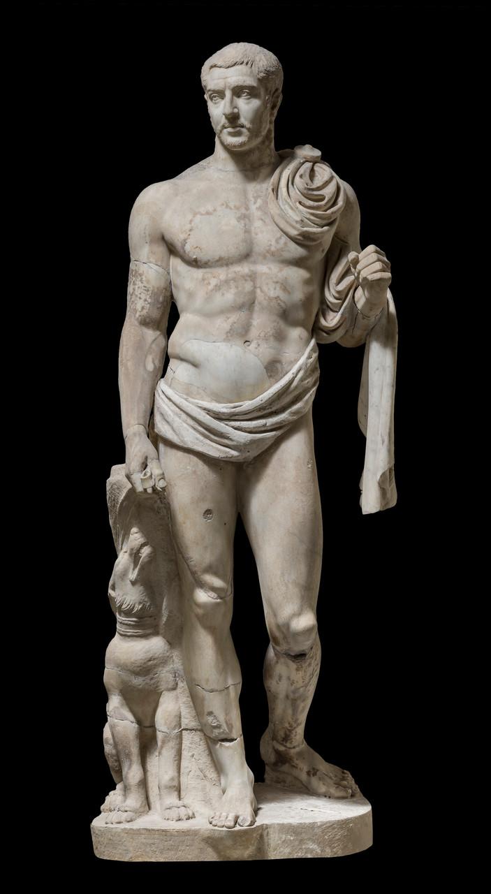 Statua maschile in nudità con spada, 253-260 d.C. Marmo lunense, altezza 198 cm Villa Doria Pamphili - Casino del Bel Respiro Roma, Italia © Foto di Zeno Colantoni