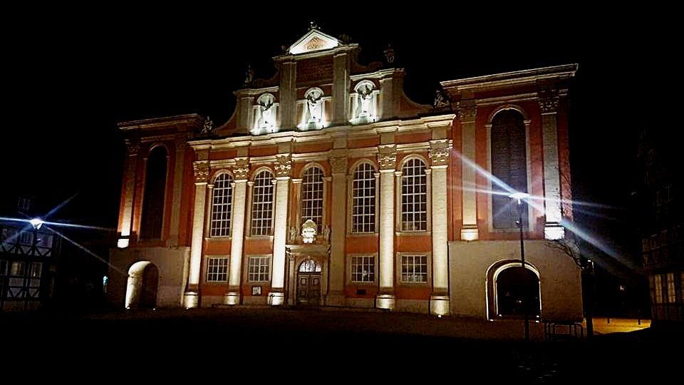 Trinitatis Kirche  bei Nacht