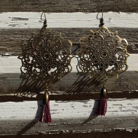 Pour être mode  galinou création propose ses bijoux fantaisie.
