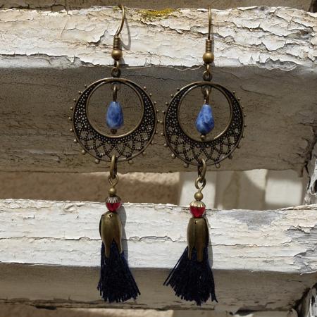 Pour être tendance  galinou création propose ses bijoux fantaisie.