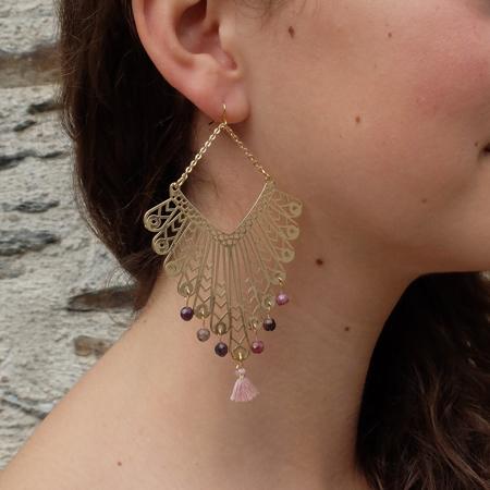 Pour vous, Galinou création crée des boucles d'oreilles fantaisie, or, en pierre et verre de Murano tendance.