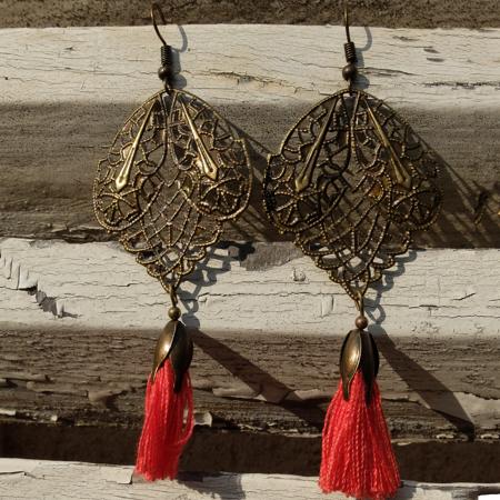 Pour perte mode: galinou création et ses bijoux fantaisie.