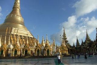 もちろん、最大経済都市ヤンゴンもご案内します!