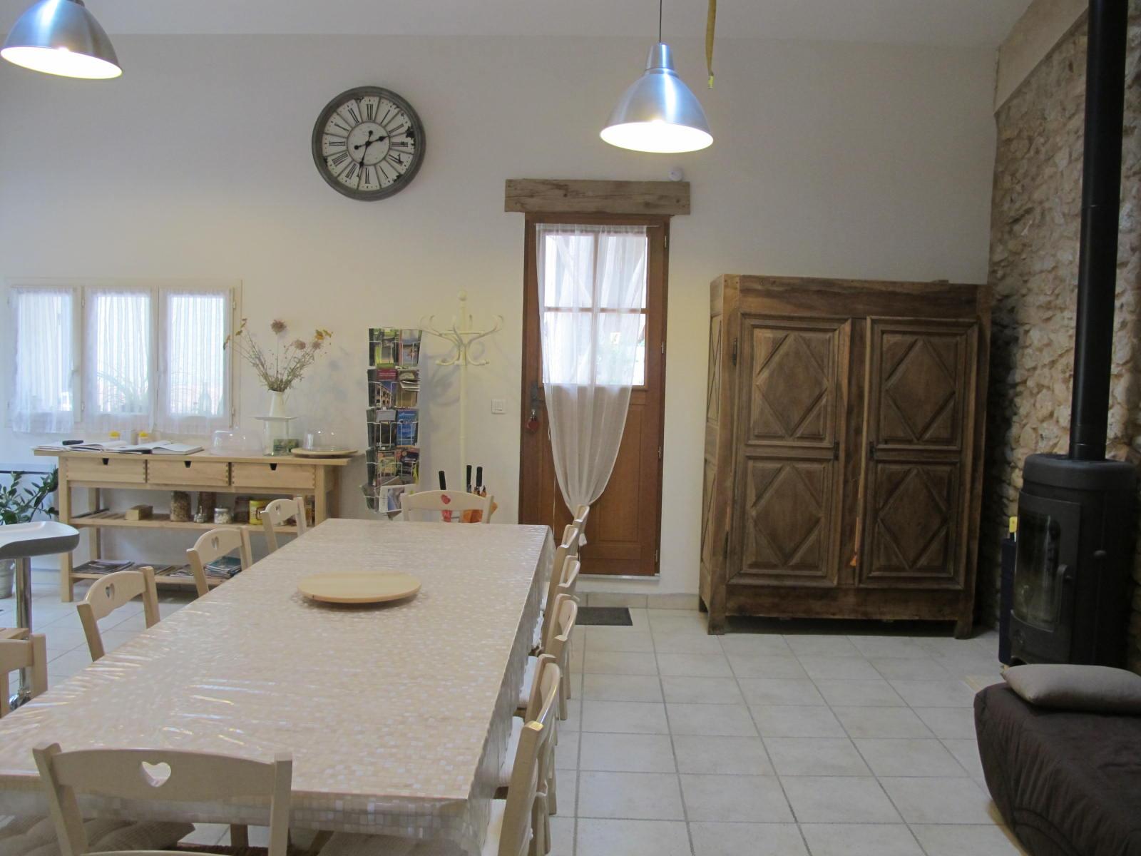 loucardaline-bedoin-ventoux-chambre d hotes-vaucluse-hébergement-gites