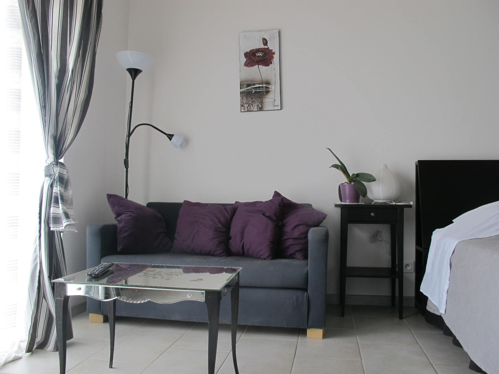 loucardaline-bedoin-ventoux-chambre d hotes-vaucluse-double confort-coin salloncalme-climatisé