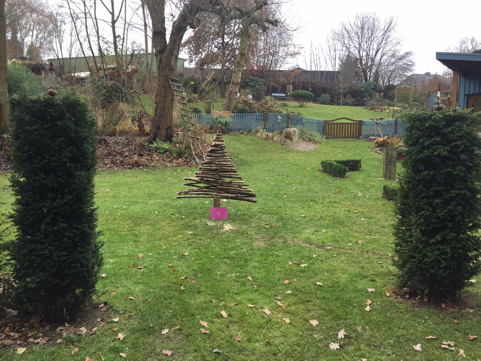 Holztannenbaum statt Kunststoff