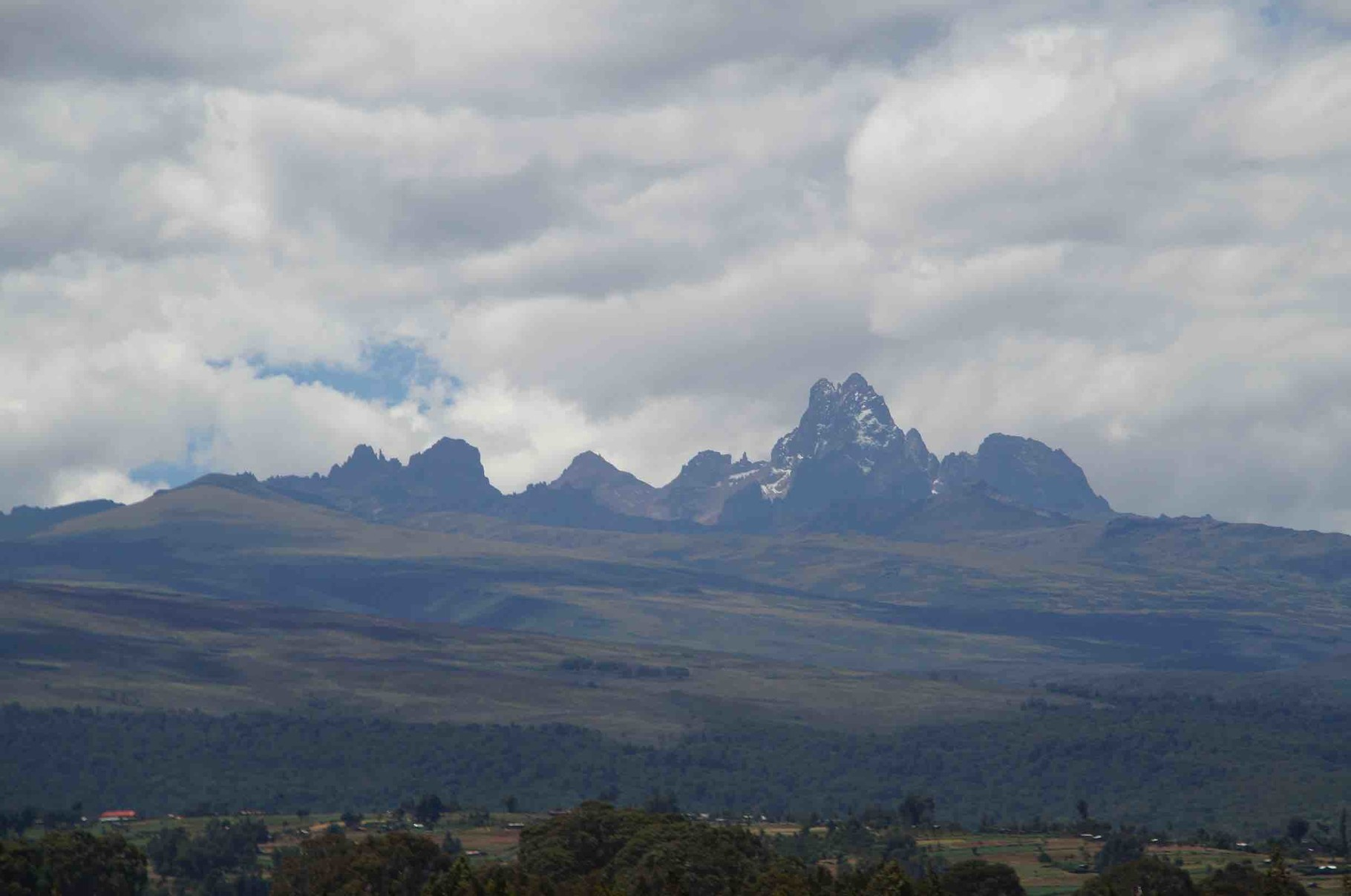 Mount Kenya (5.200m)