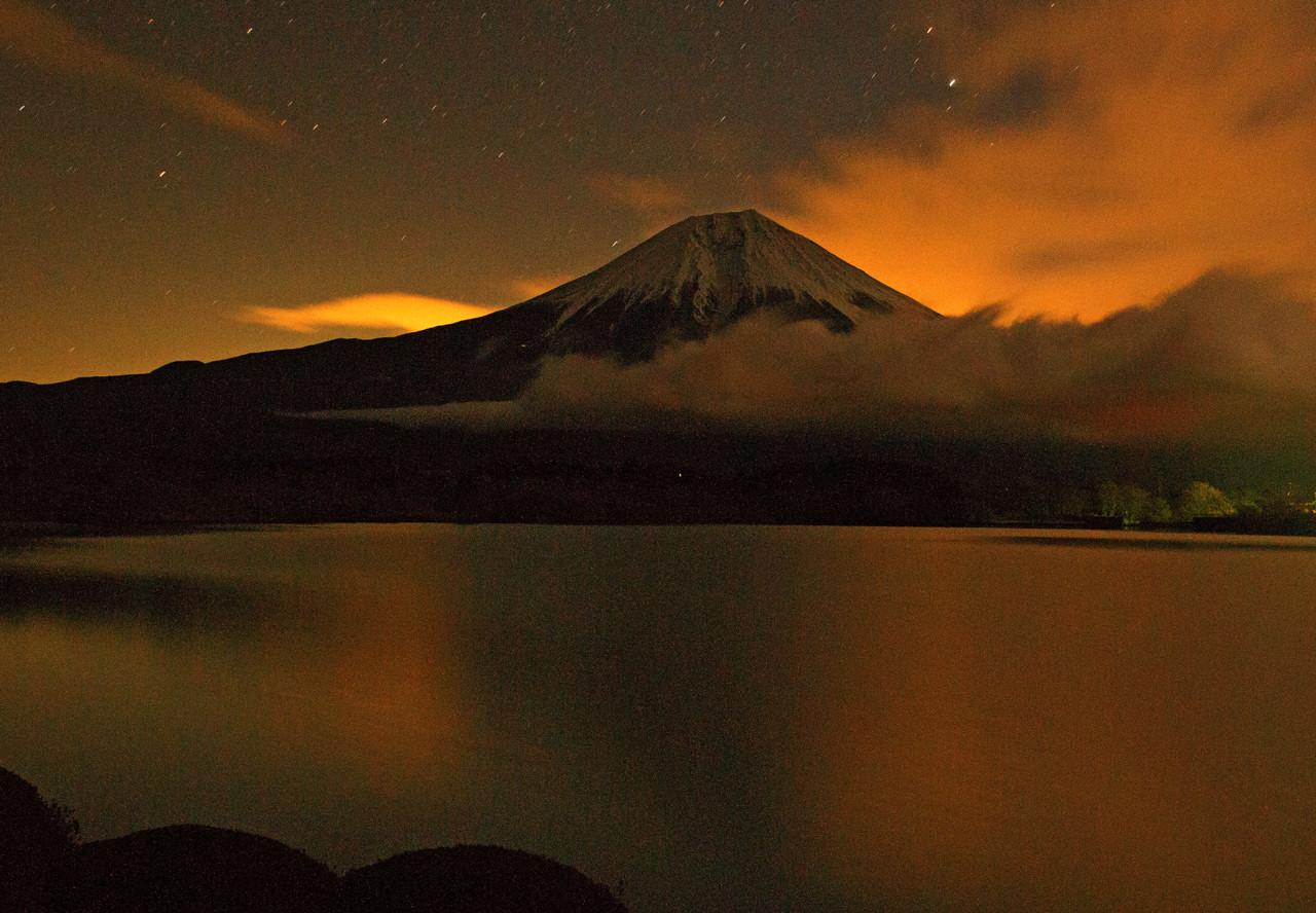 夜明け前の田貫湖 秋葉会員