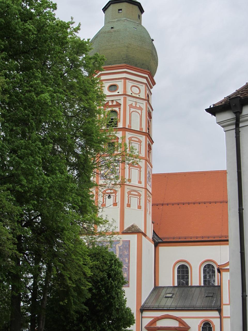 Klosterkirche Andechs von außen....