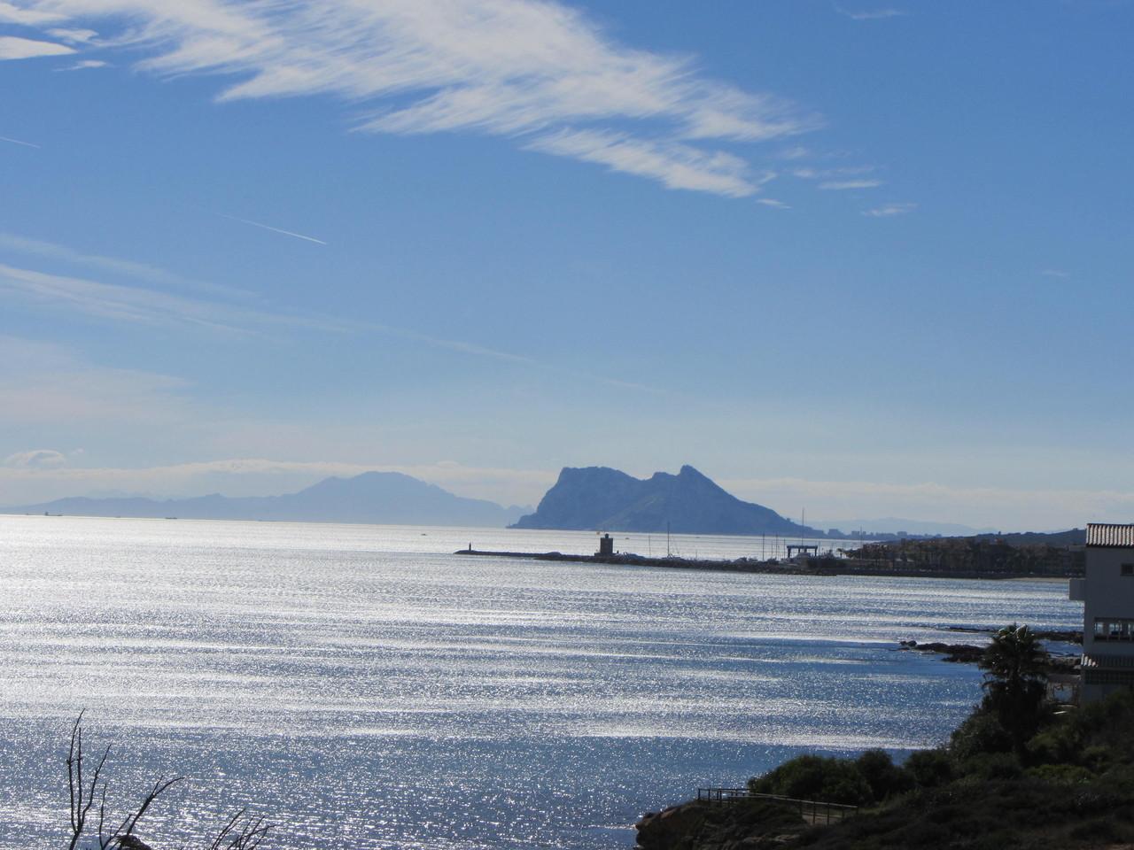mit Blick auf Gibraltar