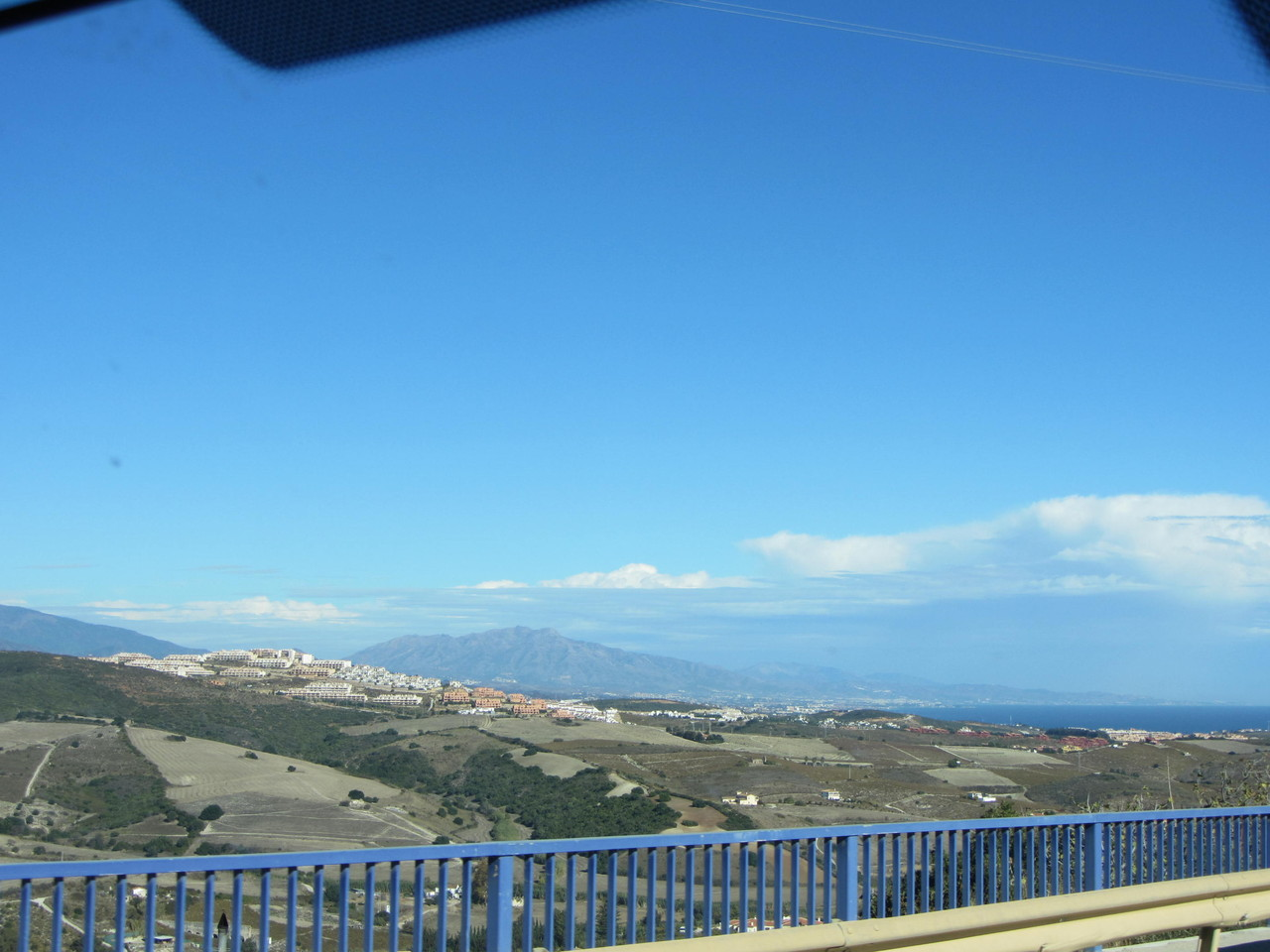 bei Casares ist das Meer wieder in Sichtweite