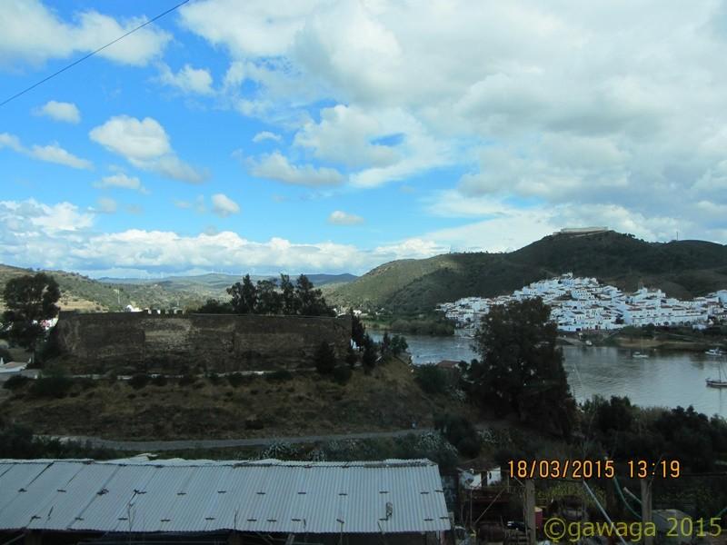 gegenüber Sanlúcar de Guadiana auf der spanischen Seite