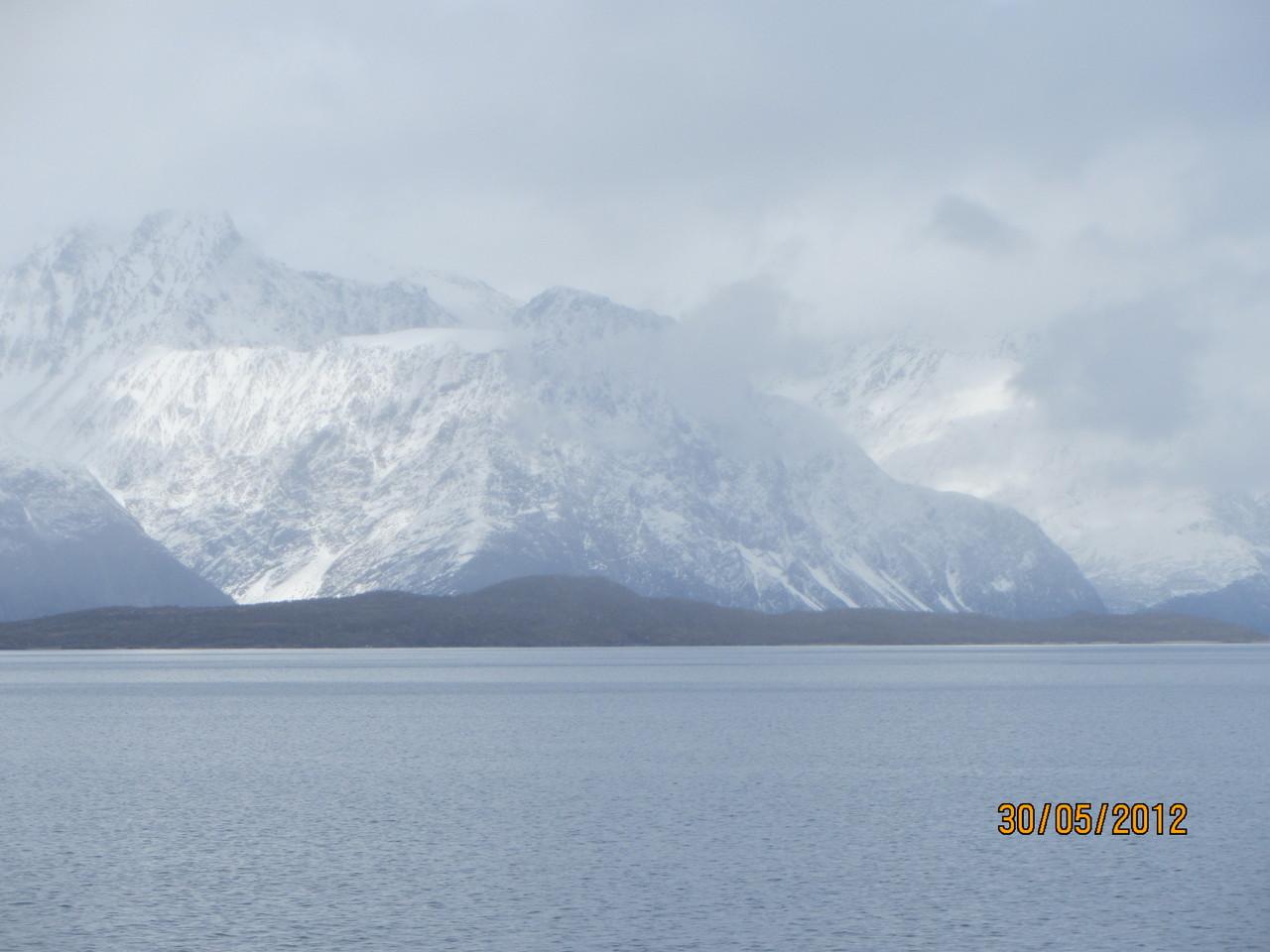 auf dem Lyngenfjord