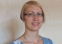 Manuela Bayer, Fachverkäuferin