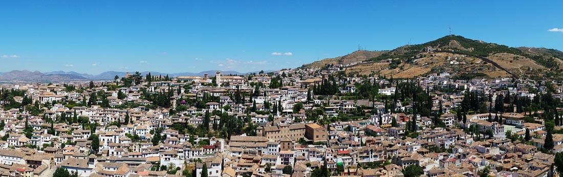 Ausblick von der Alhambra auf Granada