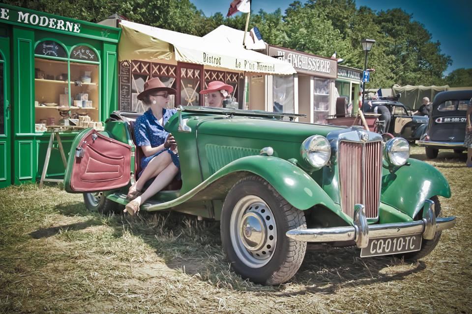 "Camp Arizona - Anais (Association ""Les Anglaise en WW2"") & Sandra - Photo WarTog"